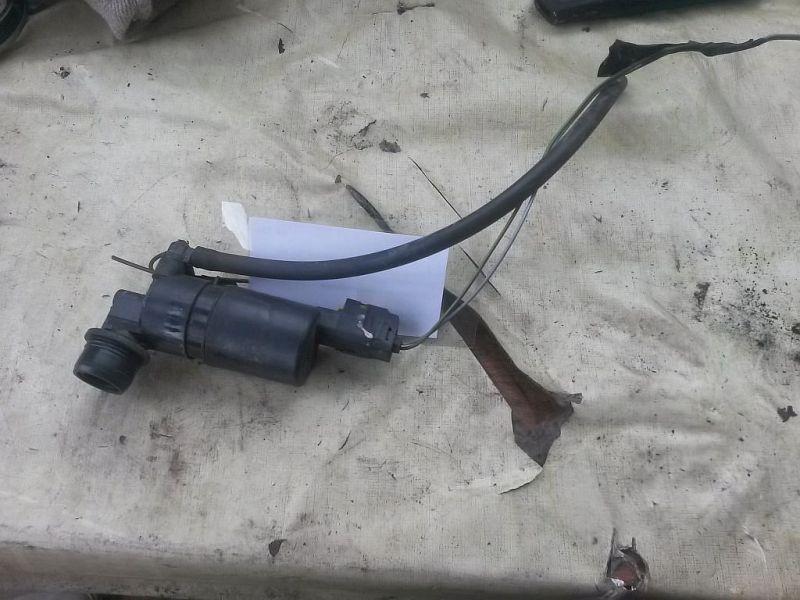 Scheibenwaschanlagenpumpe  DACIA DOKKER 1.6 MPV 61 KW