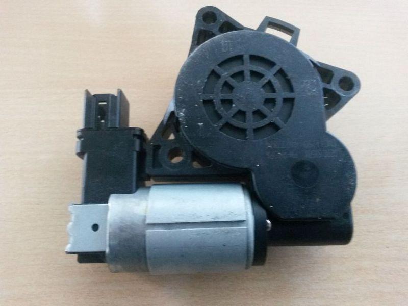 Motor Fensterheber rechts hinten  MAZDA 5 (CR19) 2.0 CD 105 KW