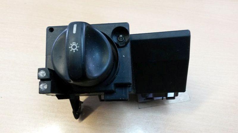 Schalter Licht  MERCEDES-BENZ E-CLASS (W210) E 290 TURBO-D (210.017) 95 KW