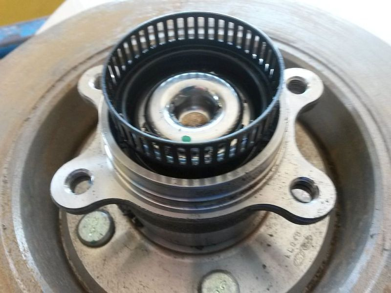 Radlager links hinten Radlagersatz hinten KIA CEE´D 1.4 CRDI GOLD 66 KW