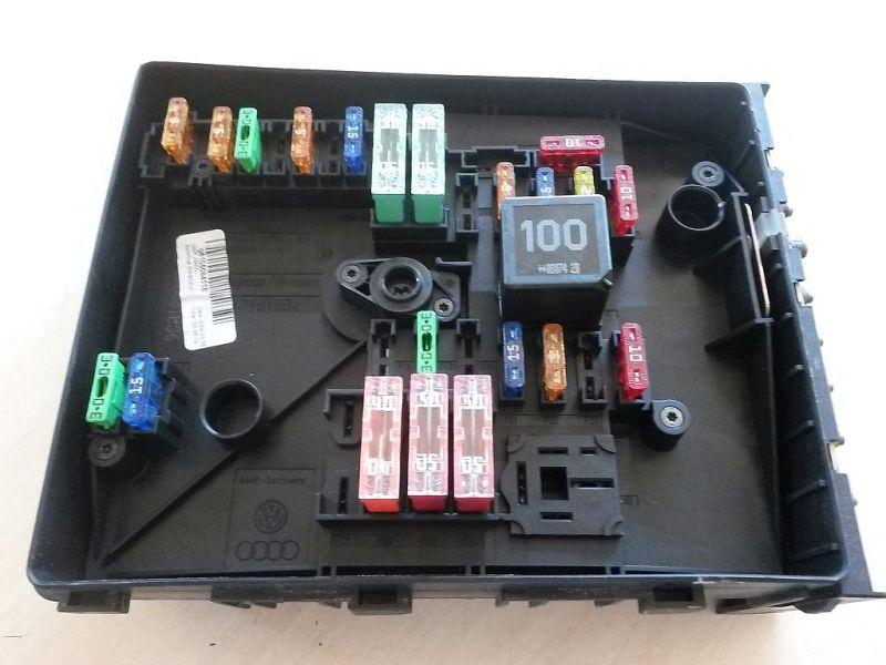 Sicherungskasten  SKODA OCTAVIA (1Z3) 1.4 59 KW
