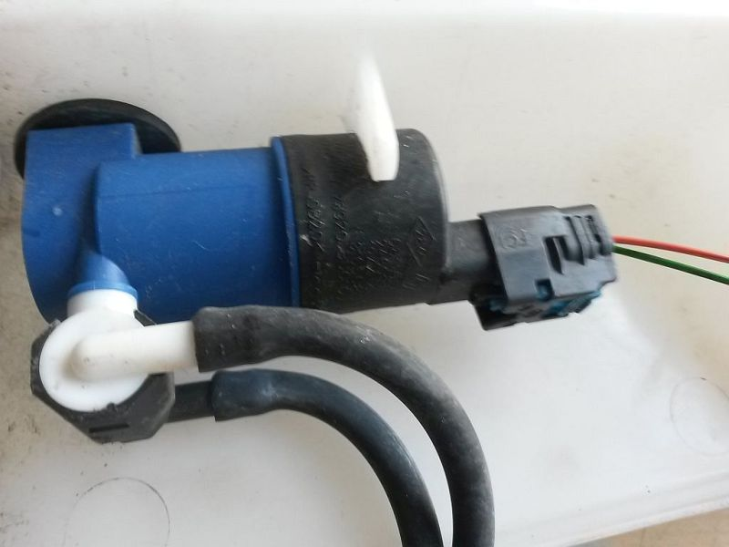 Scheibenwaschanlagenpumpe  RENAULT CLIO GRANDTOUR IV TCE 90 EXPR.ENERGY 66 KW