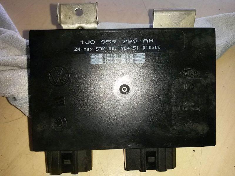 Steuergerät Zentralverriegelung Komfortsteuergerät VW GOLF IV (1J1) 1.6 74 KW