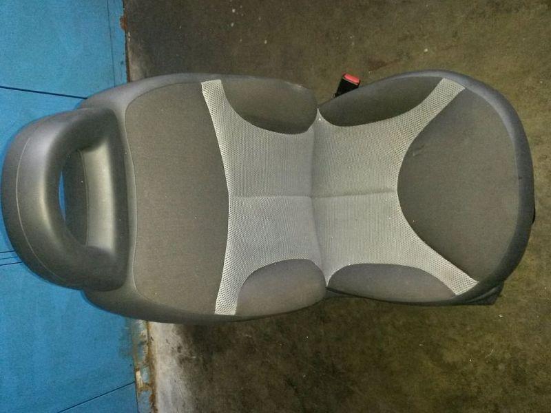 Vordersitz Stoff klappbar mit Airbag rechts vorn Sitz rechts vorne CITROEN C3 PLURIEL (HB_) 1.4 54 KW