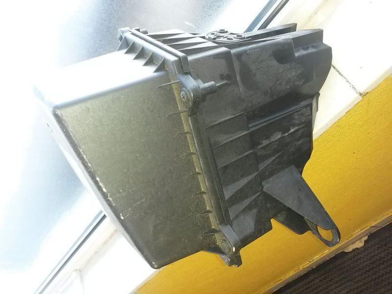 Luftfiltergehäuse  SEAT IBIZA V SPORTCOUPE (6J1) 1.2 51 KW