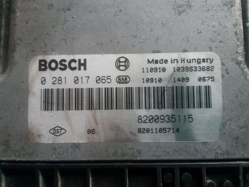 Steuergerät Motor Steuergerät mit Zündschloss OPEL VIVARO KASTEN (F7) 1.9 DTI 74 KW