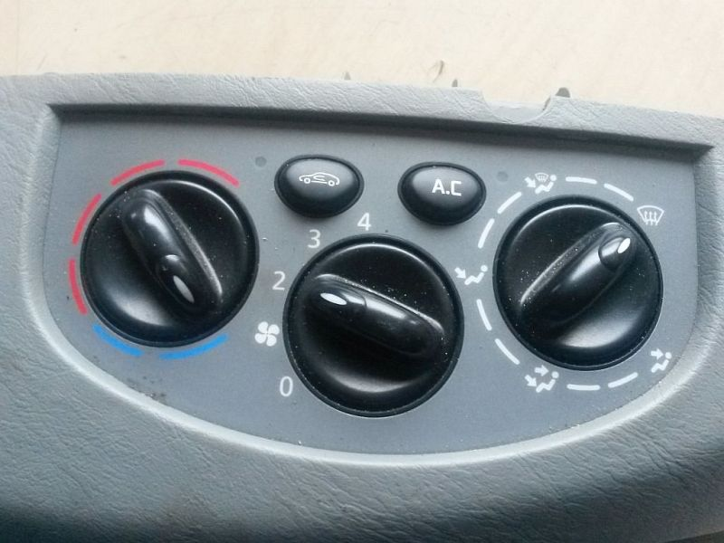 Bedienelement, Klimaanlage  OPEL VIVARO KASTEN (F7) 1.9 DTI 74 KW