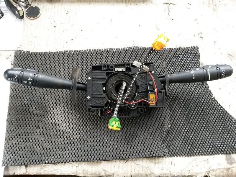 Kombischalter mit Nebelscheinwerfer funktionRENAULT CLIO II (BB0/1/2_, CB0/1/2_) 1.5 DCI