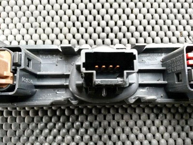 Schalter Warnblinker RENAULT CLIO II (BB0/1/2_, CB0/1/2_) 1.5 DCI