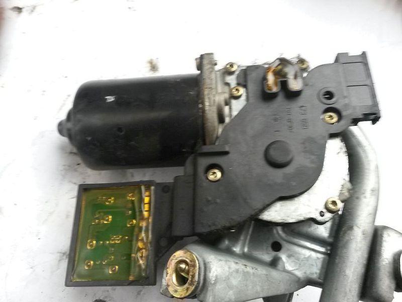 Wischermotor vorne  MERCEDES-BENZ A-KLASSE (W168) A 210 LANG EVOLUTION 103 KW