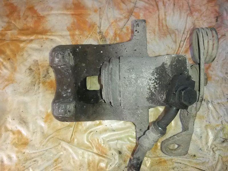 Bremssattel links hinten  AUDI A4 AVANT (8D5, B5) 1.9 TDI 81 KW