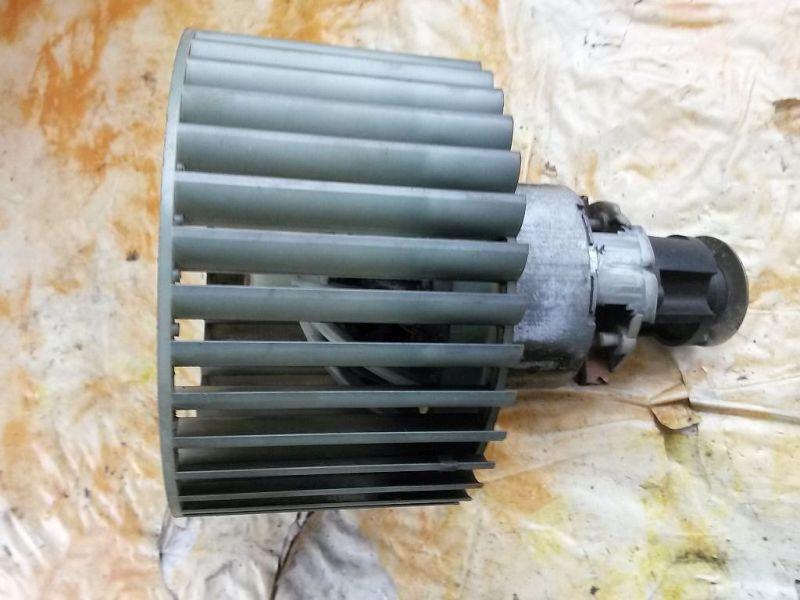 Gebläsemotor Innenraumgebläse AUDI 100 (4A, C4) 2.3 E QUATTRO 98 KW