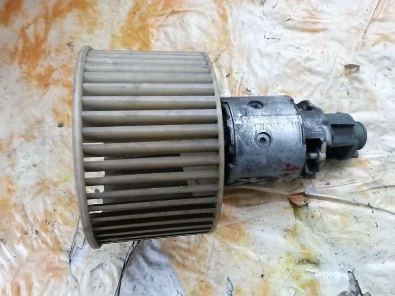 Gebläsemotor Innenraumgebläse AUDI 100 (4A, C4) 2.8 E 128 KW