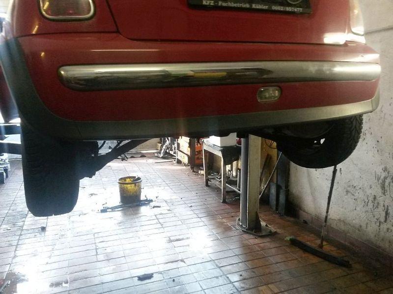 Stoßstange hinten Chromleiste beschädigt siehe Photo MINI MINI RB11  ONE D 55 KW