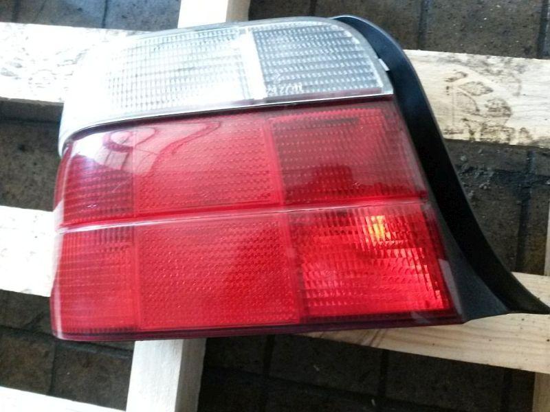 Rückleuchte links Heckleuchte links BMW 3 COMPACT (E36) 316I 75 KW