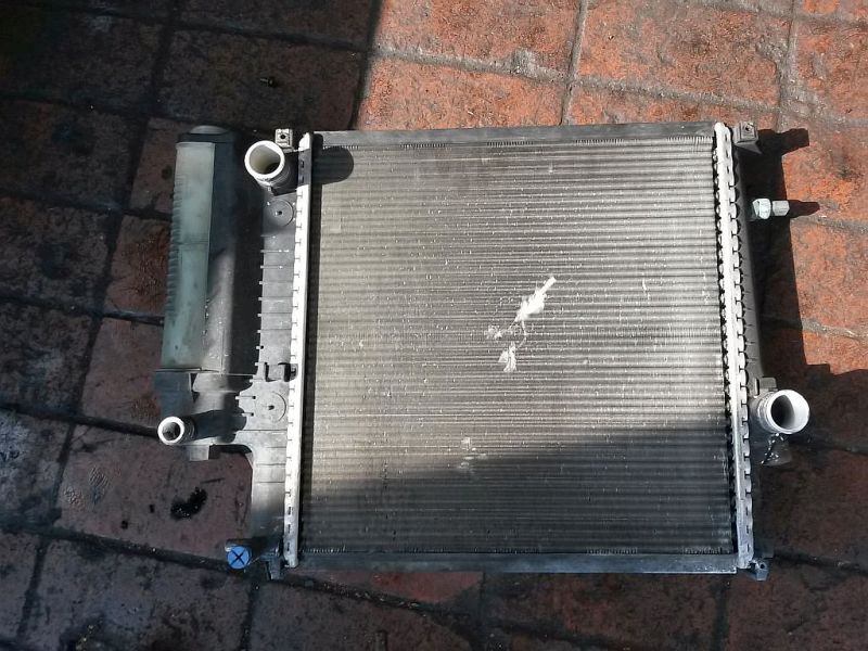 Kühler  BMW 3 COMPACT (E36) 316I 75 KW