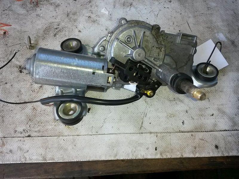 Wischermotor hinten  FORD FIESTA IV JA 1.3I 44 KW