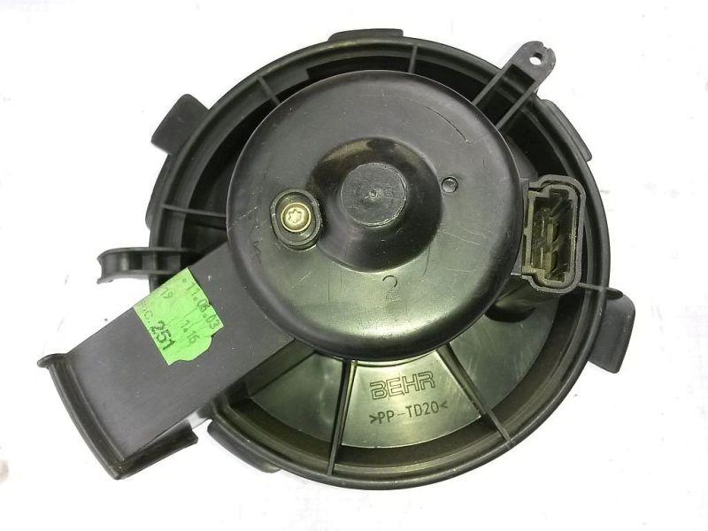 Gebläsemotor  PEUGEOT 206 SCHRÄGHECK (2A/C) 1.4I 55 KW