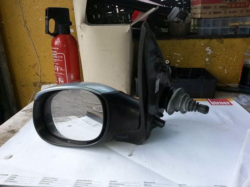 Außenspiegel mechanisch lackiert links  PEUGEOT 206 SCHRÄGHECK (2A/C) 1.4I 55 KW