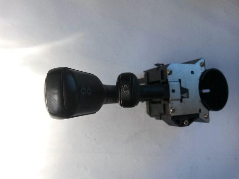 Schalter Wischer  AUDI A4 (8D2, B5) 1.9 TDI 66 KW