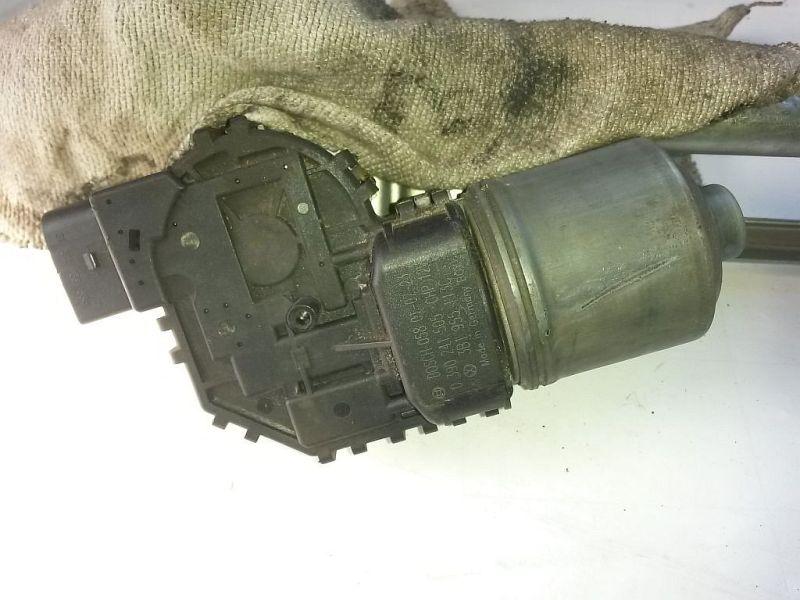 Wischermotor vorne  VW PASSAT VARIANT (3B6) 1.9 TDI HIGLINE 96 KW
