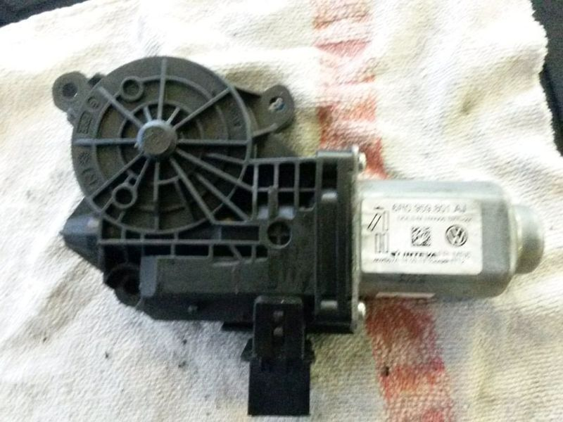 Motor Fensterheber links vorn  SKODA FABIA COMBI (545) 1.6 TDI 55 KW