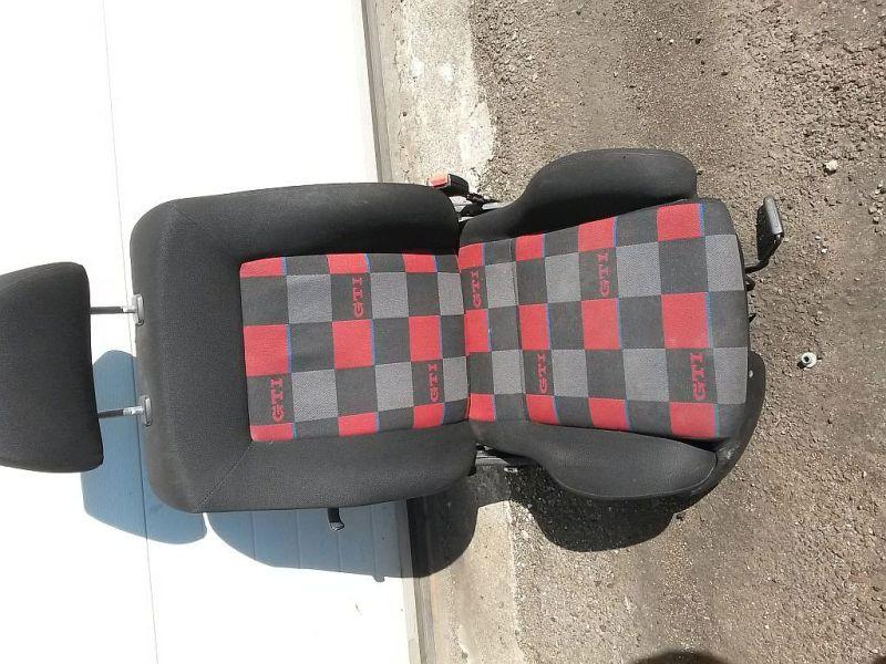 Vordersitz Stoff klappbar ohne Airbag rechts vorn GTI Sitz rechts vorneVW GOLF III (1H1) 2.0 GTI
