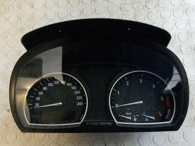 Tachometer KombiinstrumentBMW X3 (E83) 2.0D