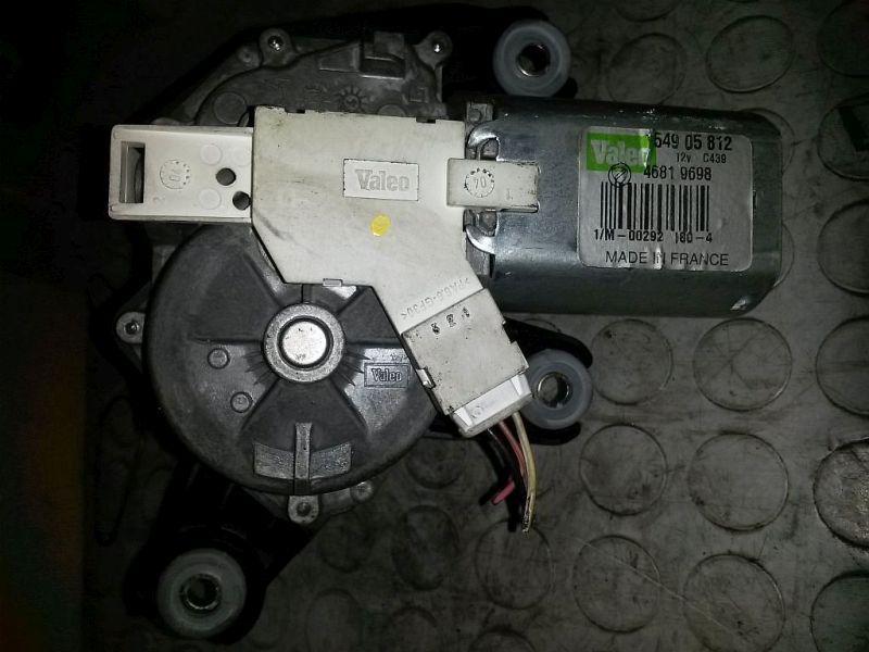 Wischermotor hinten geprüftes ErsatzteilFIAT STILO MULTI WAGON (192) 1.9 JTD