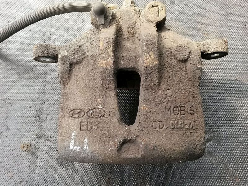 Bremssattel links vorn HYUNDAI I30 (FD) 1.6 CRDI