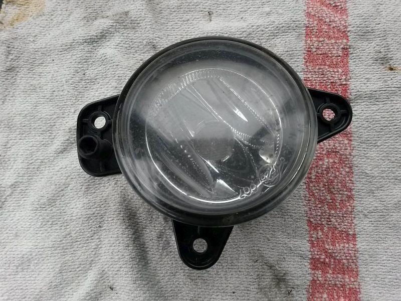 Nebelscheinwerfer rechts vorn SKODA FABIA (6Y2) 1.4 16V
