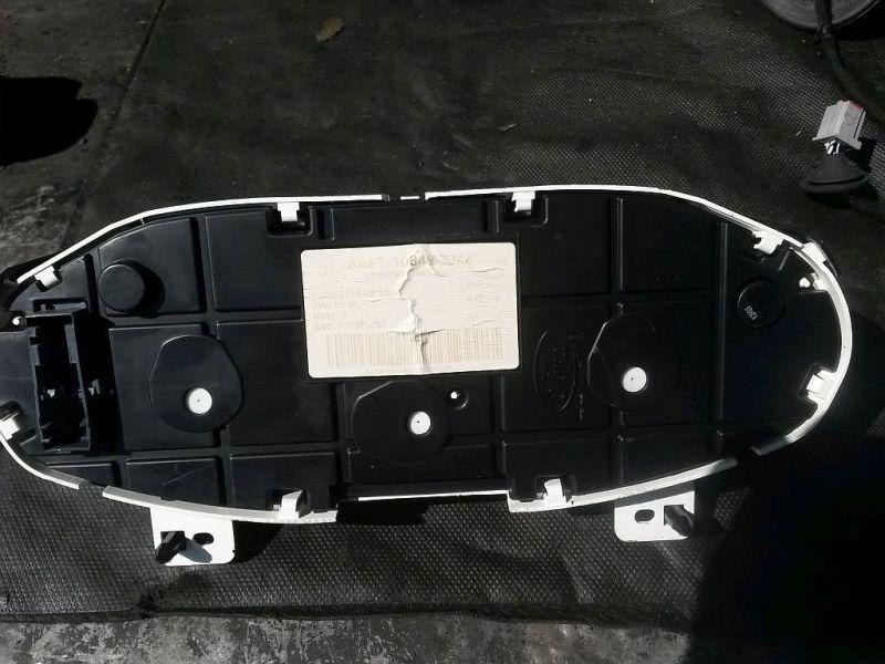 Tachometer KombiinstrumentFORD FIESTA VI 1.25